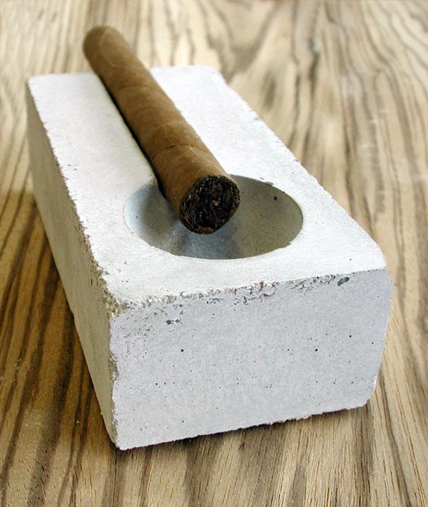 Cigar ashtray by YHD